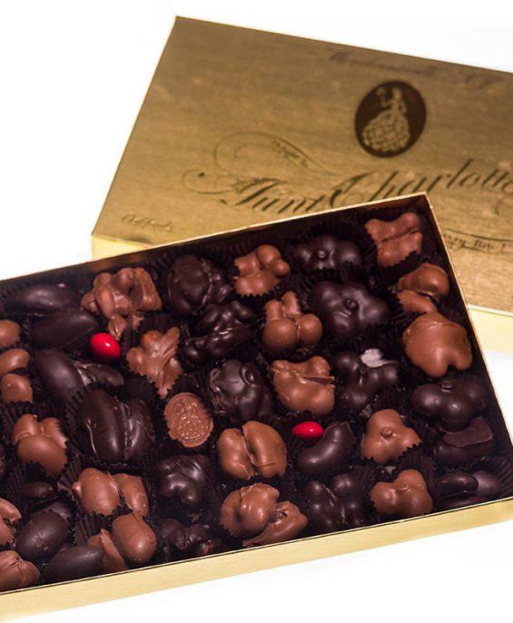 prod_0006_auntcharlottes-candy-asst-nuts-8332
