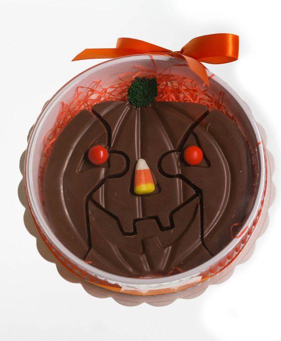 prod_h_0065_auntcharlottes-candy-holiday-halloween-jackolantern-puzzle-9698