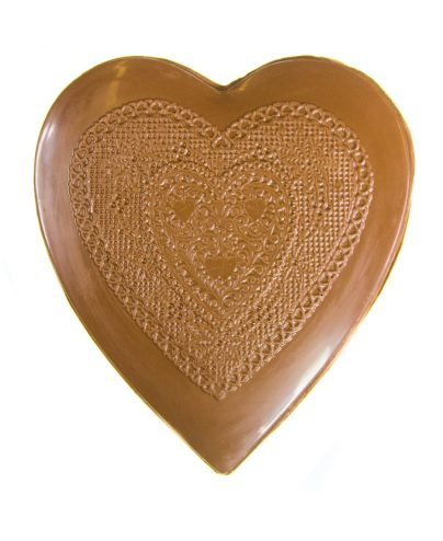 ac_prod_val_0043_large_chocolate_heart_box_lace_7342