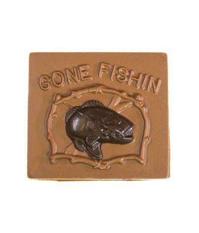 ac_prod_dads_0000_gone_fishin_chocolate_plaque_milk_7280