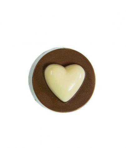 ac_prod_wedding_0010_oreo_cookie_heart_white_milk_7224