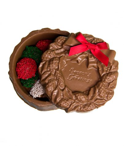 Chocolate Wreath Box filled with Non Pareils_AC-0875
